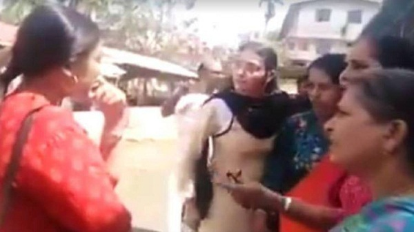 Alleged attack on Athira who tried to disrupt pro-CAA meeting: Police arrest five women