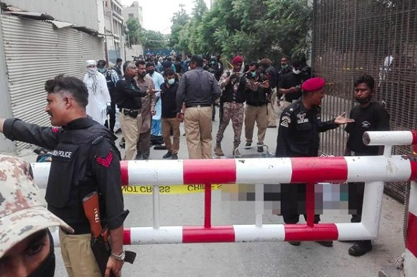 Grenade attack at Pakistan Stock Exchange, six including two civilians killed
