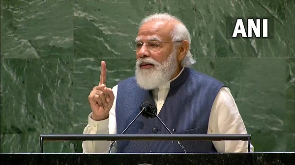 'Little boy who helped his father at tea stall is addressing UNGA for 4th time'; Democracy can deliver, democracy has delivered: PM Modi
